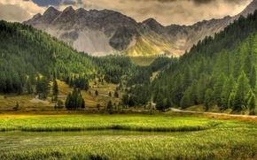 Обои небо, трава, облака, деревья, пейзаж, горы, природа, озеро, дороги