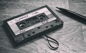 Картинка воспоминания, стол, перо, тень, кассеты, TDK, сторона А