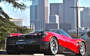 Картинка Красный, Город, Машина, City, Red, Pagani, Car, Автомобиль, Пагани, Huayra