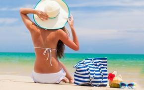 Картинка пляж, девушка, океан, отдых, отпуск, очки, шляпка, сумка