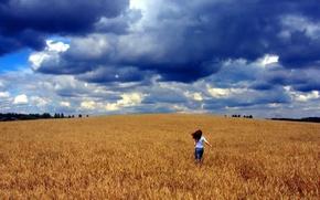 Картинка поле, гнев, облака, Девушка