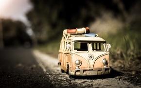 Картинка дорога, асфальт, макро, модель, игрушка, съемка, машинка, photo, photographer, микроавтобус, моделька, Jamie Frith