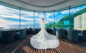 Картинка девушка, вид, окна, платье, панорама, гостиница