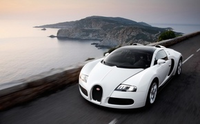 Обои дорога, море, белый, Bugatti, Veyron