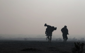 Картинка ночь, оружие, солдаты