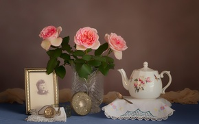 Картинка цветы, ретро, часы, портрет, розы, чайник, натюрморт