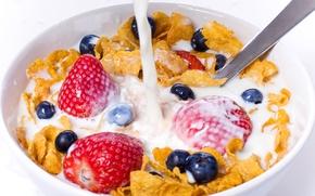 Обои ягоды, молоко, белый фон, еда, клубника