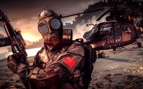 Обои Battlefield 4, солдат, противогаз, оружие, вертолет, фон