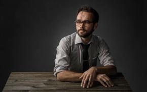 Картинка портрет, очки, студия
