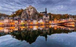 Картинка горы, мост, отражение, река, здания, церковь, панорама, Бельгия, набережная, Belgium, Dinant, Namur, Намюр, река Маас, …