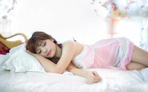 Картинка отдых, сон, восточная девушка
