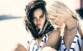 Обои дружба, CAROLINE, HANNAH, две девушки, подруги
