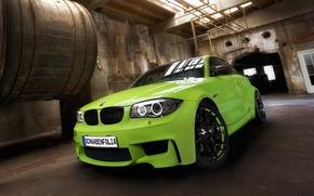 Картинка машина, green, BMW, Coupe, tuning, передок, 1 series