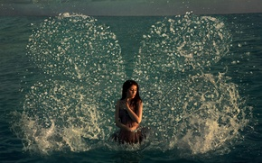 Картинка girl, Art, sea, the, water, from, wings, butterfly, beautiful, heaven, and, splashes, fantastic, author, drops, …
