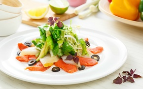 Обои рыба, овощи, оливки, салат, лосось