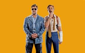 Обои желтый, фон, триллер, постер, криминал, Рассел Кроу, Russell Crowe, Ryan Gosling, Райан Гослинг, The Nice ...