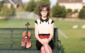Картинка скамейка, скрипка, violin, Линдси Стирлинг, Lindsey Stirling