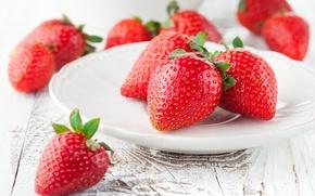 Обои strawberry, red, спелая, красная, тарелка, ягоды, berries, sweet, fresh, клубника
