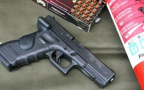 Картинка пистолет, тюнинг, патроны, glock, огнетушитель
