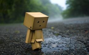 Обои асфальт, дождь, настроение, коробка, обои, лужа, человечек, wallpaper, danbo, danboard