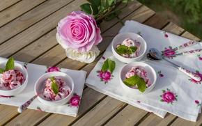 Обои мороженое, цветы, стол, ложки, розы, белые, розовые, скатерть, мята
