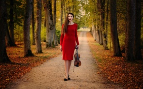 Картинка девушка, скрипка, аллея, Inese Stoner, The roads we choose