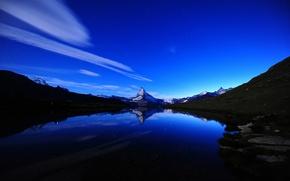 Картинка небо, вода, облака, пейзаж, горы, озеро, река, камни, скалы, берег, небеса, вершины, отблеск, river, sky, …