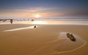 Картинка песок, море, небо, камни, берег, Закат