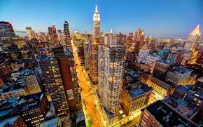 Картинка Manhattan, небоскребы, NYC, Эмпайр-стейт-билдинг, дорога, крыши, город, огни, Empire State Building, вечер, Мидтаун, здания, New ...