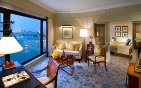 Картинка цветы, дизайн, город, стиль, диван, вид, лампа, интерьер, светлый, вечер, окно, кресла, картины, Бангкок, комнаты, ...
