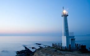 Обои океан, вечер, маяк, путиводитель