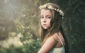 Картинка цветы, flowers, взгляд, широкоэкранные, ребенок, грусть, HD wallpapers, обои, girl, child, настроение, полноэкранные, background, fullscreen, ...