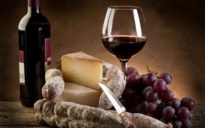 Обои вино, красное, бокал, бутылка, сыр, виноград, нож, колбаса, пармезан