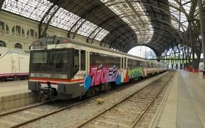 Картинка граффити, вокзал, поезд, электричка, железная дорога, перон