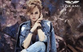 Картинка взгляд, девушка, стиль, милая, модель, часы, джинсы, серьги, прическа, красавица, образ, браслет, красивая, джинсовая куртка, …