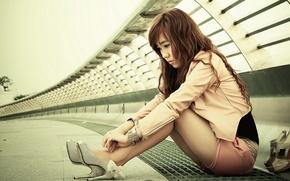 Картинка задумчивость, настроение, ножки, азиатка