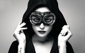 Картинка девушка, портрет, тату, очки, капюшон, авиатор