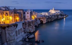 Обои Adriatic Sea, Италия, море, Vieste, Адриатическое море, Апулия, Вьесте, Apulia, здания, скалы, Italy