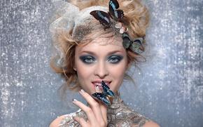 Картинка макияж, взгляд, девушка, бабочка, блондинка, улыбка, тени