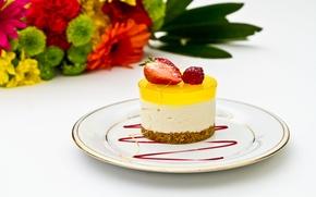 Обои цветы, flowers, food, десерт, dessert, сладкое, ягоды, strawberries, berries, sweet, еда, клубника