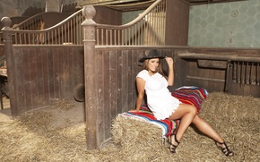 Картинка Lucy Pinder, Hat, Beautiful women, shelter