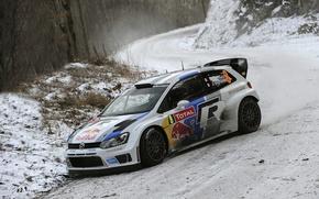 Обои Поворот, Volkswagen, Передок, Лес, Белый, Зима, Ралли, Машина, Фары, Авто, Sebastien Ogier, Julien Ingrassia, WRC, ...