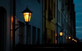 Картинка свет, ночь, город, улица, дома, вечер, освещение, фонари, Швеция, Sweden, Hjärup
