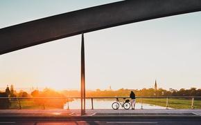 Картинка river, bike, bridge, sunset, rider, horizon, meditation, contemplation