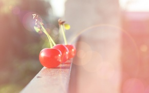 Обои лучи, свет, cherry, настроение, фрукт, вишня, блики, балкон, ягода