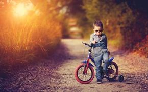 Картинка дорога, закат, природа, велосипед, вечер, мальчик, костюм, ребёнок