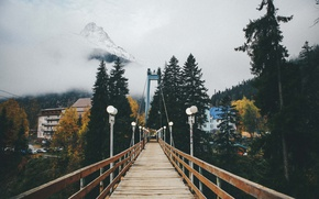 Картинка river, bridge, mountains, clouds, village, lamp posts, peak