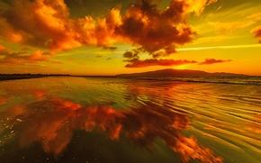 Обои озеро, отражение, горы, зарево, небо, облака, закат