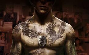 Картинка фото, жетон, татуировки, шрамы, коп, cop, Sleeping Dogs, NeoGAF, Спящие псы