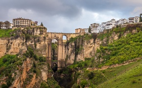 Картинка небо, мост, город, скалы, дома, ущелье, Испания, Малага, Ронда